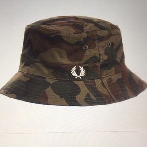 1acd08c57 Men's Fred Perry Ripstop Reversible Bucket Hat NWT Boutique